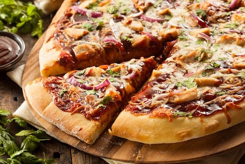 Homemade Barbecue Chicken Pizza Bordeaux Pairing | Winetraveler.com